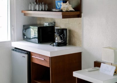1080x1080-sandcastleonthebeach-gallery-hotel-030