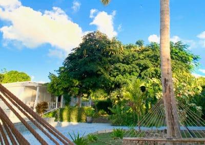1080x1080-sandcastleonthebeach-gallery-hotel-049