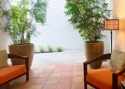 1080x1080-sandcastleonthebeach-gallery-hotel-050